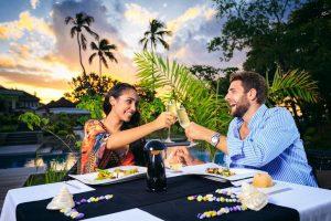 Sejšeli - zamislite savršenu sliku odmora – sebe kako lenčarite na rajskoj obali, uokvirenoj granitnim stenama, uz stabla kokosovih palmi i pesmu retkih ptica.