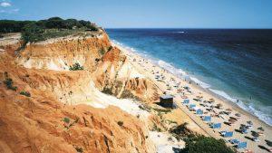 Algarve promocija - 9 dana / 8 noći već od 655 €! U cenu uključen avio prevoz i hotel. Algarve - mediteranska klima, duge, peščane plaže, slikovita mesta,