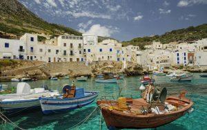 """Sicilija – """"Duša Italije"""" - najpovoljnije putovanje po vašoj meri. Izaberite avio karte i hotelski smeštaj po promo cenama. Uvek imamo najbolju ponudu za Vas."""